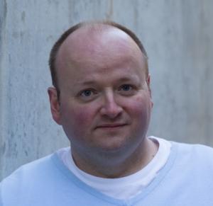 Steven Spears Headshot